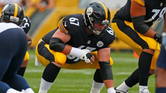 Steelers sign B.J. Finney to one-year deal